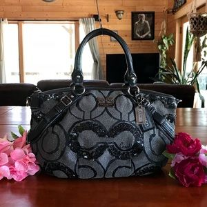 COACH BAG. With SEQUINS & Shimmer. GORGEOUS!! NEW!